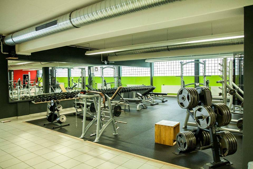 mirkos-gym-offenburg-fitness-center-krafttraining-cardio-sport-10