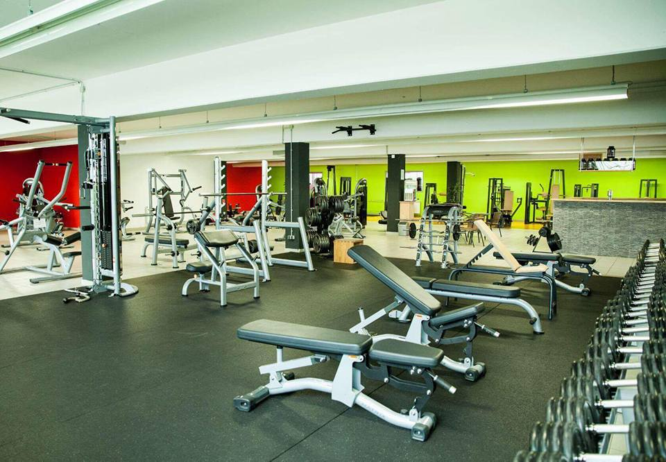 mirkos-gym-offenburg-fitness-center-krafttraining-cardio-sport-2