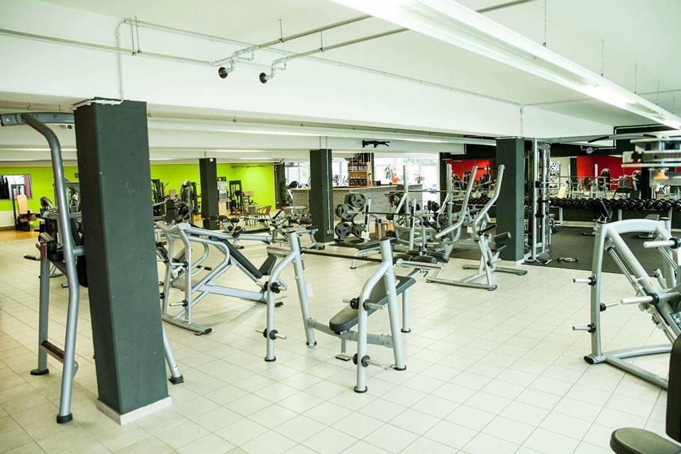 mirkos-gym-offenburg-fitness-center-krafttraining-cardio-sport-4