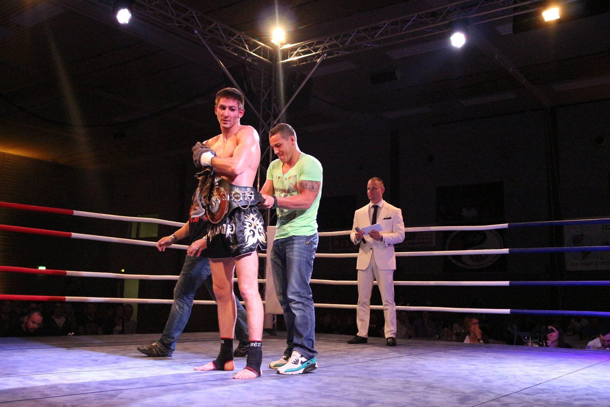 Mirkos Fihgt Night, Schutterwald, Offenburg, Kickboxen, K1, MMA-12